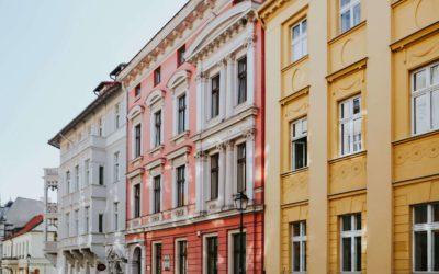Wniosek o zwrot wywłaszczonej nieruchomości w PRL – jak złożyć. Poradnik krok po kroku